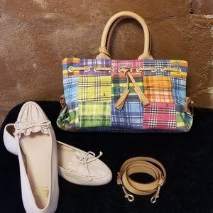 New Listing~Dooney & Bourke ant satchel